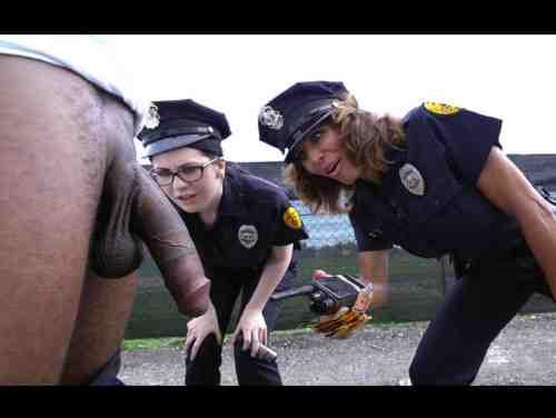 Policiais Mulher Caíram Fácil Na Tromba Do Negão