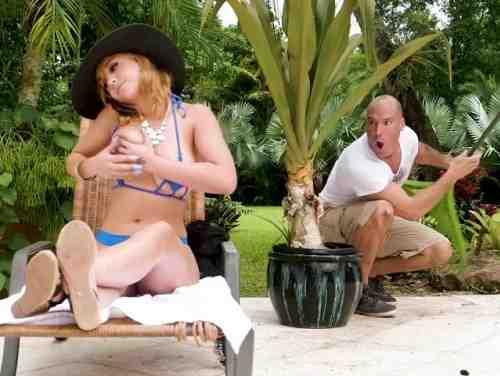 Nao Conto Com Marilyn Mansion Recebendo Massagem Do Jardineiro