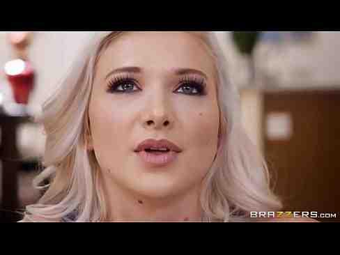 Filme Pornô Gratuito Da Emily Right Trepando Com Marmanjo Safadinho