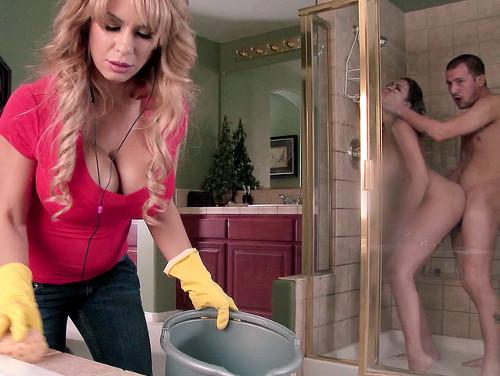 traição no banheiro